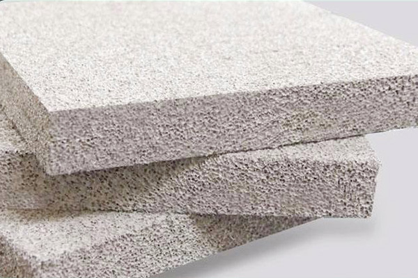 A级保温材料的主要特点和产品标准是什么?